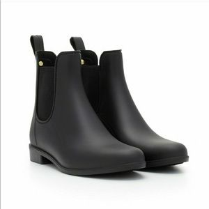 Tinsley Rubber Ankle Boot